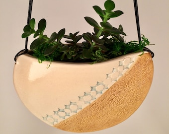 Round Indoor Hanging Planter