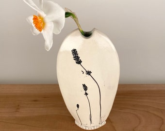 Small flower bud vase with abstract leaf pattern