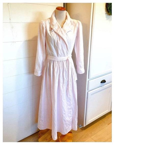 VTG Eileen West Queen Victorian Pink Robe Small/ C