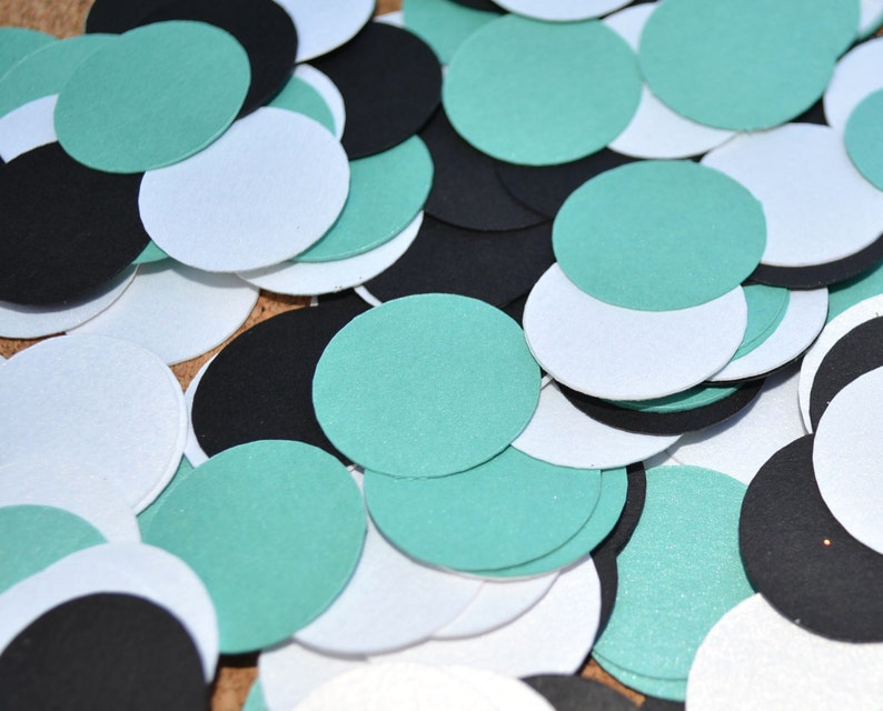 Breakfast at Tiffany's Theme CONFETTI for your next baby image 0