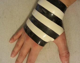 Striped Fingerless Glove