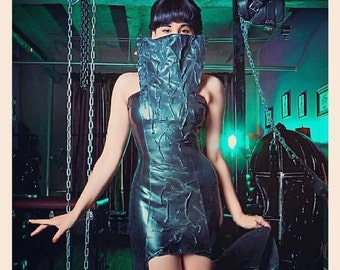 Severed Shade Gown