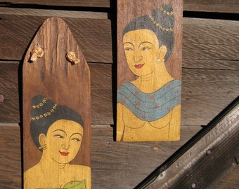 Vintage Traditional Wooden Wall Hangings
