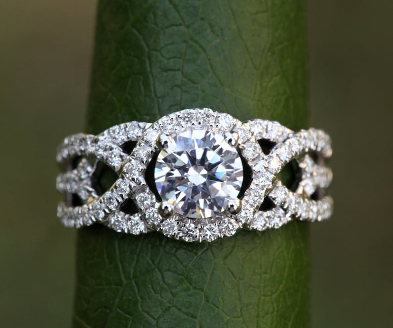 TWIST OF FATE  14k White gold  Diamond Engagement Ring  image 0