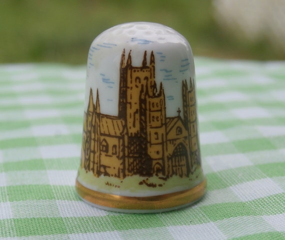955ab5431cffc Vintage Thimble Canterbury Cathedral Made in England by