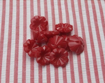 10 Vintage Red Plastic Flower Shaped Buttons 5/8 inches across