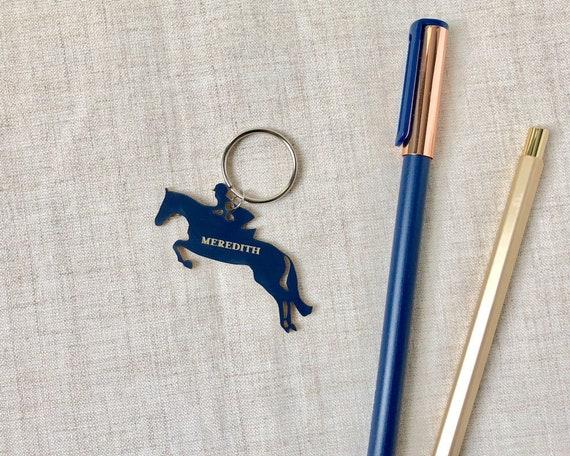 250159c9fcfa Silhouette équestre porte-clé personnalisé gravé en plastique   Etsy