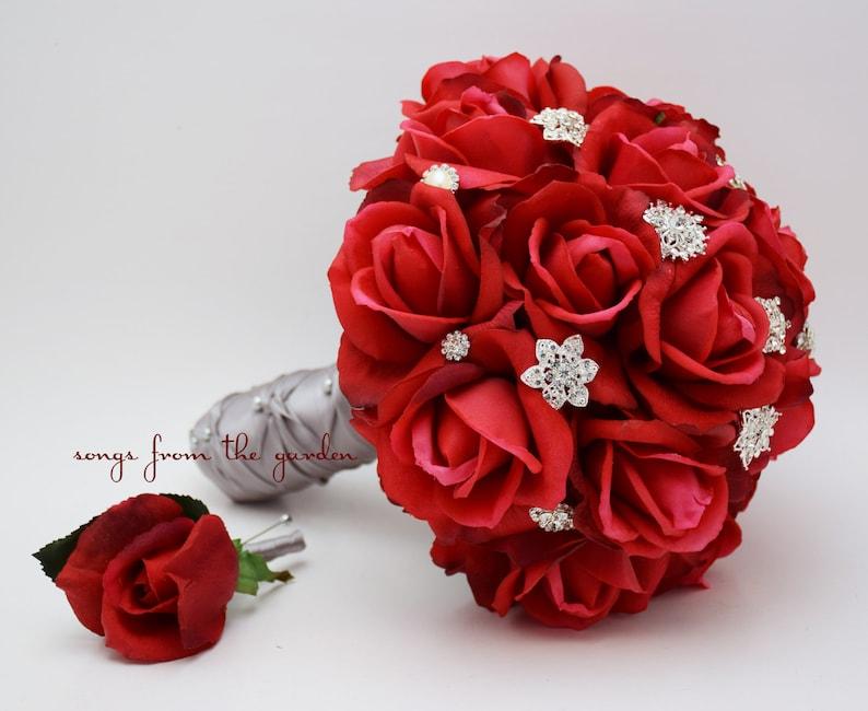 Roses Rouges Strass Mariee Ou Demoiselle Dhonneur Bouquet Etsy