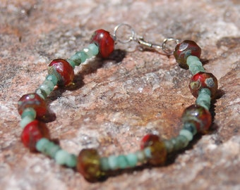 "Emerald and Czech Glass Bracelet - Gemstone Bracelet - ""Bella"""