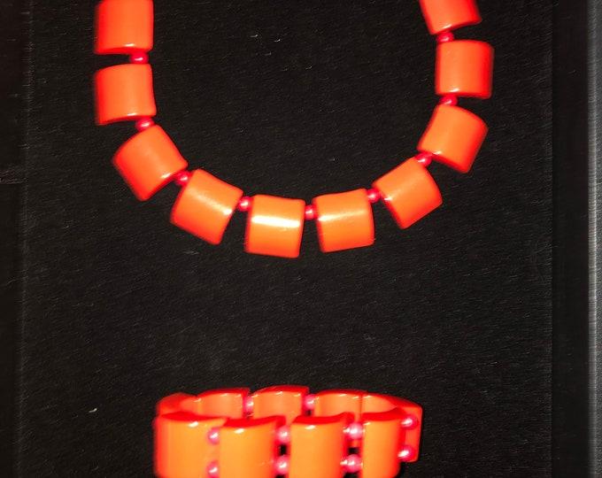 Vintage Cherry Red Bakelite Necklace and Bracelet Set
