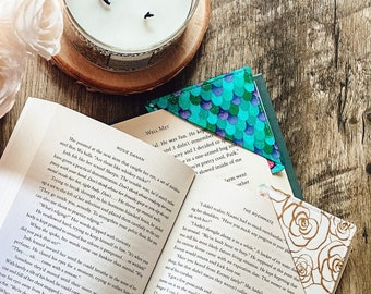 Fabric Corner Bookmark –– Gifts for readers, book lovers –– Your choice of assorted fun, colorful prints