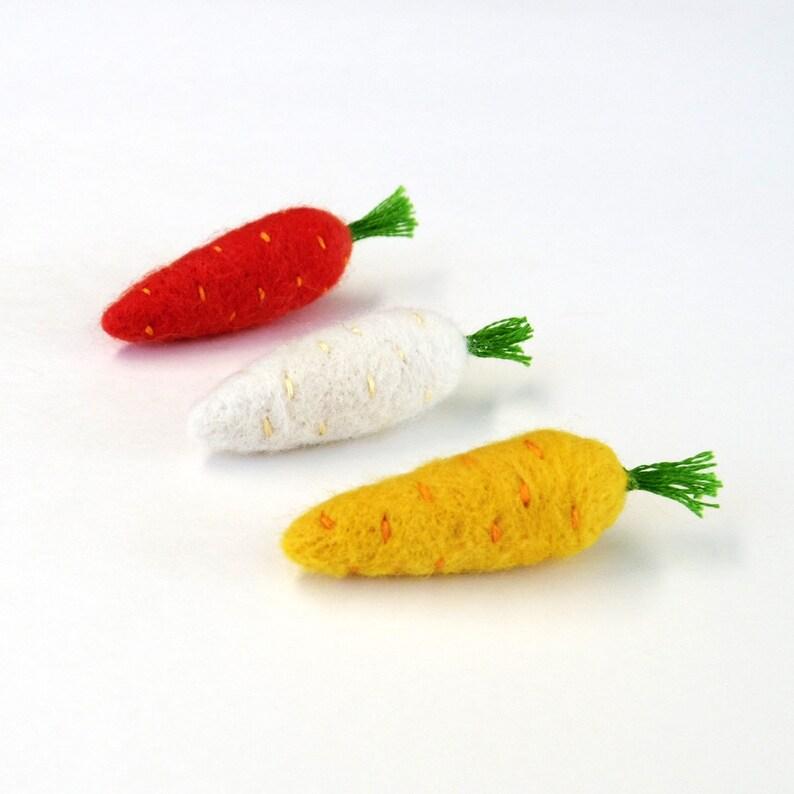 Carrot brooch Needle felted miniature felt vegetable pin set image 0