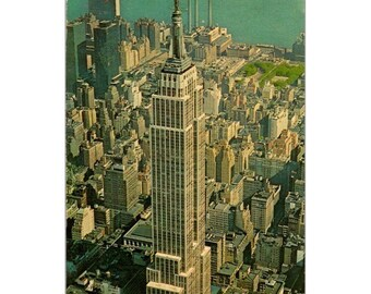 A Break from Work Ironworker Lewis Hine Photography New York City Modern Postcard R001312