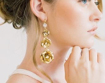 Triple Rose Statement Earrings - Bridal jewelry, bridesmaid gift, wedding jewelry, drops, chandeliers, flower, rosebud earrings, roses