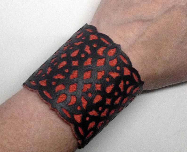 Mordelaine Black and Red leather cuff bracelet with filigree image 0
