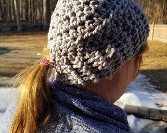 CROCHET PATTERN - Northwood Ponytail Hat | Messy Bun Hat