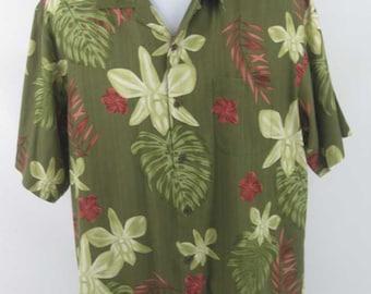 4f02c012 Vintage Men's Tommy Bahama Button Down Hawaiian Camp Shirt Size Medium 100%  Silk