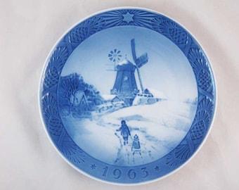 Royal Copenhagen Christmas Plate Hojsager Mill The Windmill 1963