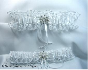 NOEL Winter Wedding Garter White Garter Winter Wonderland Wedding Garter Beautiful Lace Garder Snowflake Wedding Snowflake Garter Set
