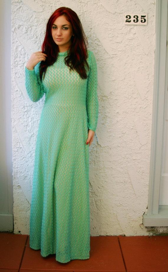 Vintage 1970s Crochet Lace Mermaid Maxi Dress - L… - image 7