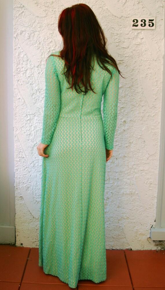 Vintage 1970s Crochet Lace Mermaid Maxi Dress - L… - image 8