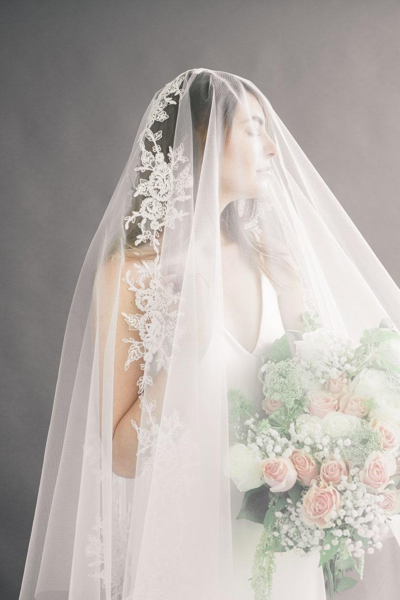 Lace Appliques Veil Chapel Veil Bridal Veil Cathedral Veil image 0