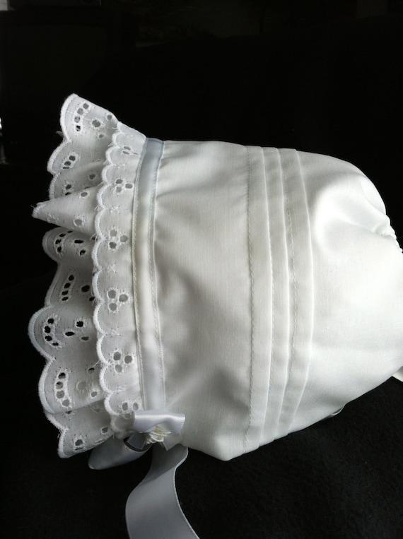 Baby Bonnet SOLID WHITE cotton with lace trim hat sz nb,3,6,9,12,18 mo