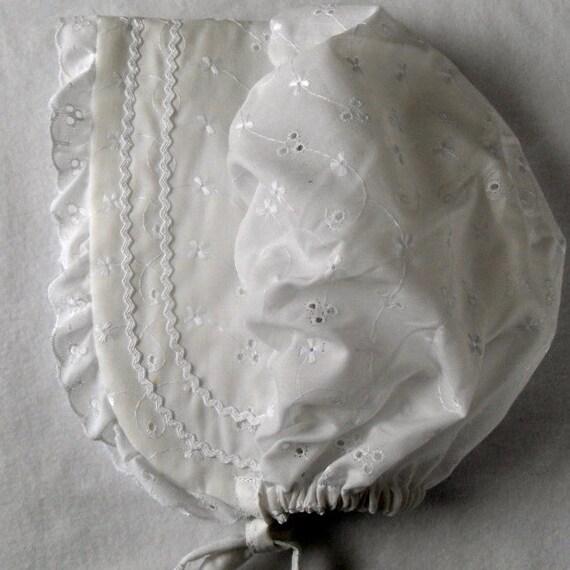Sunbonnet Sunhat White Eyelet sizes Newborn through 18 months