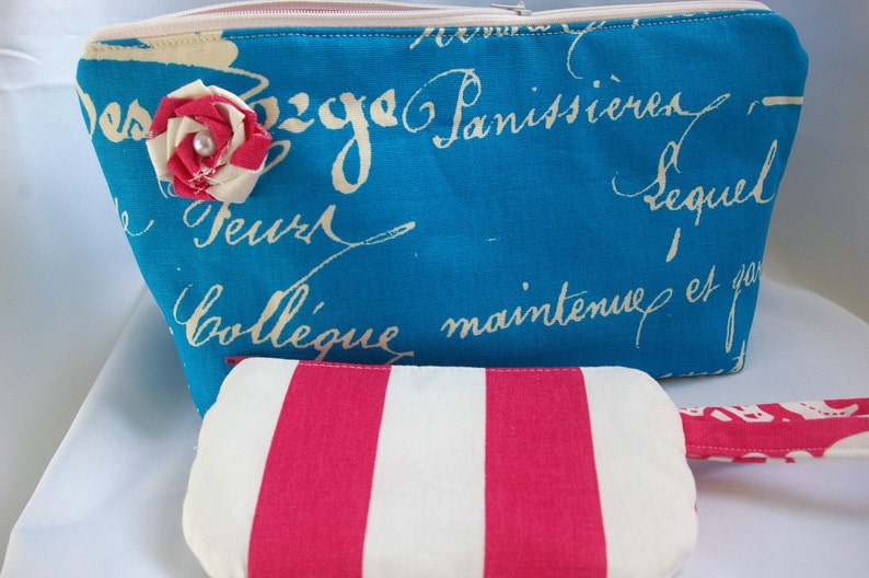 Small PhoneCredit Card Wristlet Pink and White...The Sasha Collection
