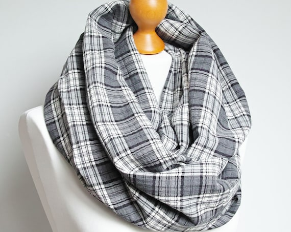 LARGE infinity scarf for women, gray plaid infinity scarf, large snood, hooded circle scarf, large cotton scarf for women, Christmas gift