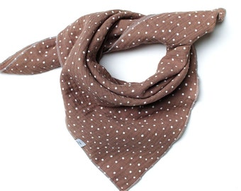 Soft neck warmer scarf in colored muslin