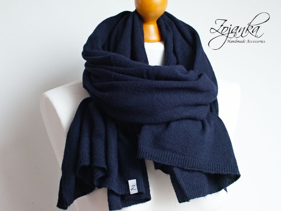 Wool scarf for women, soft wool scarf,  WINTER fashion, gift ideas, wool scarf, warm cosy scarf for winter, navy blue scarf wrap