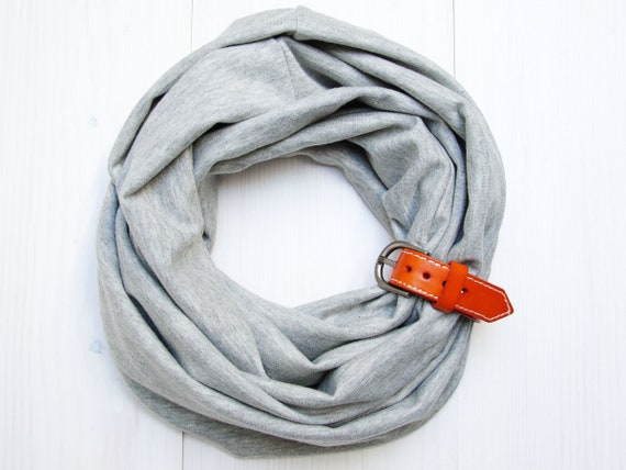 KIDS Infinity Scarf with leatherstrap, LIGHT GREY kids scarf, kids acessories, 6-9 years old, accessories for kids