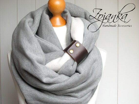 Chunky Infinity Scarf with leather strap cuff, winter infinity scarf, CHUNKY infinity scarves, gray scarf, christmas gift ideas, sister gift