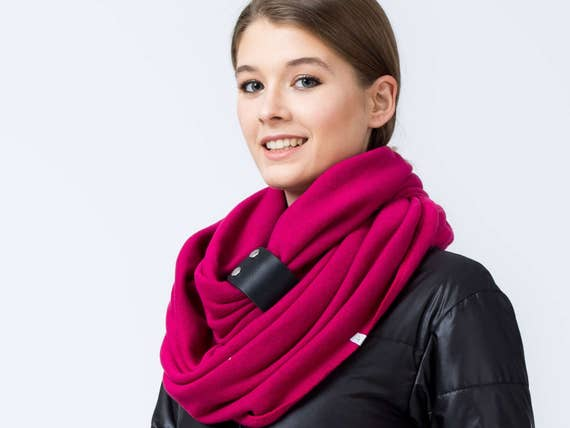 CHUNKY SCARF, fuchsia Infinity Scarf with leather cuff, winter fashion, pink chunky scarf, cozy snood, winter accessories