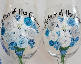 Bridal Wine Glasses, Hand Painted Personalized Flower Bouquets, Mother of the Bride Gift, Mother of the Groom Gift, Gift for Mothers, Bridal