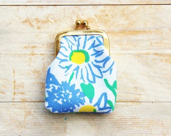 Coin purse mini kiss lock 3 opt tiny wallet pouch clip frame change ear bud case rooster chick Marimekko flower green blue red brown gift
