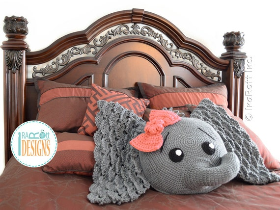 Crochet Pattern Josefina And Jeffery Elephant Pillow Pdf Etsy