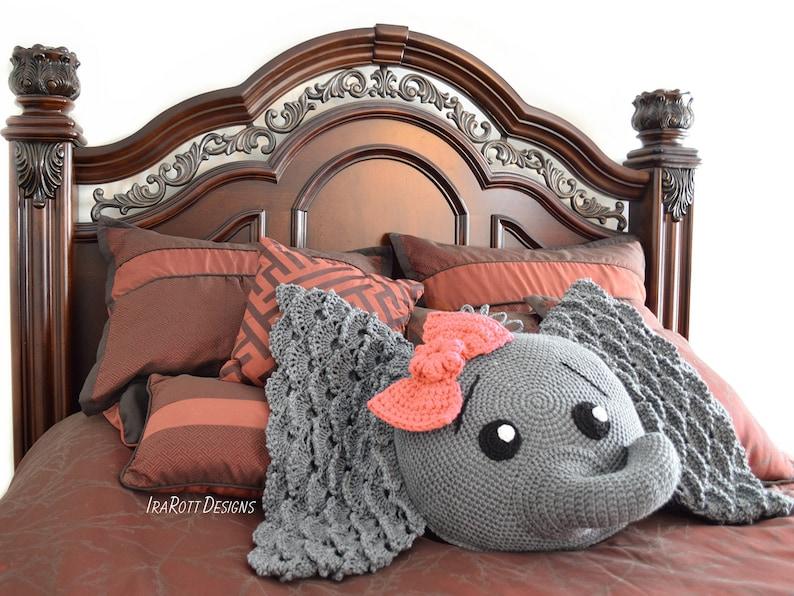 CROCHET PATTERN Josefina and Jeffery Elephant Pillow PDF image 0