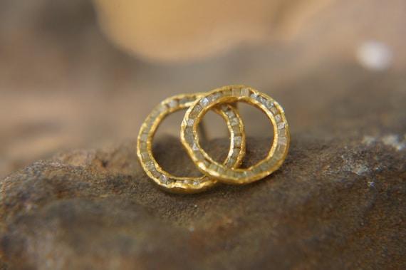 aa05b902b 22k solid gold//cubic diamond Studs//gold Earrings//rough | Etsy