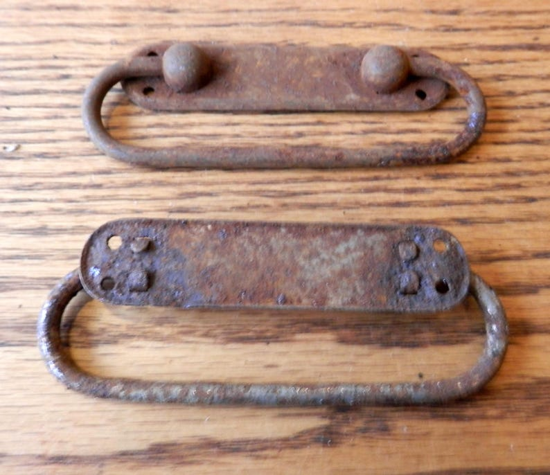 2 pc of vintage small trunk handles orignals pair