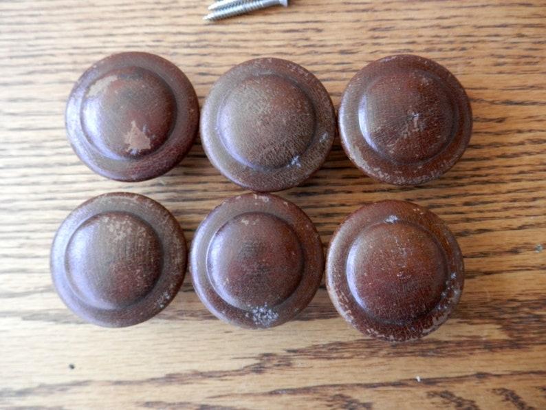 maple knobs vint. 6 set of six