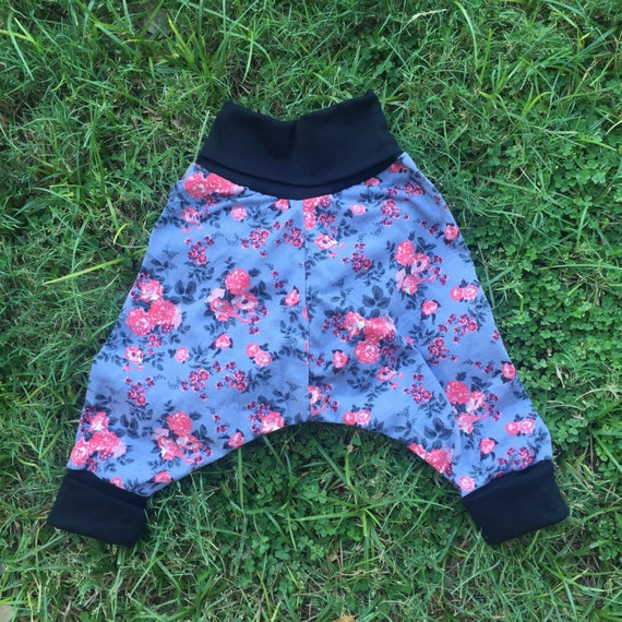 Girls floral harem pants (size 6 months to 4 years)