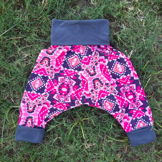 Girls pink tribal print harem pants (sizes 6 months to 4 years)