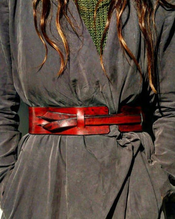 31532aa1a158 Ceintures rouges ceinture à la taille ceintures en cuir   Etsy