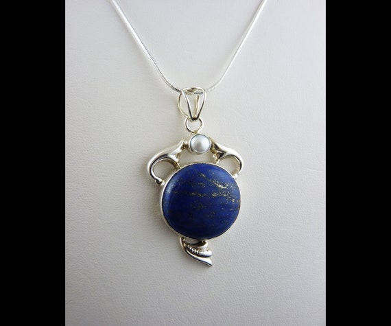Round Lapis Lazuli with Circle Accents 925 Sterling Silver Pendant