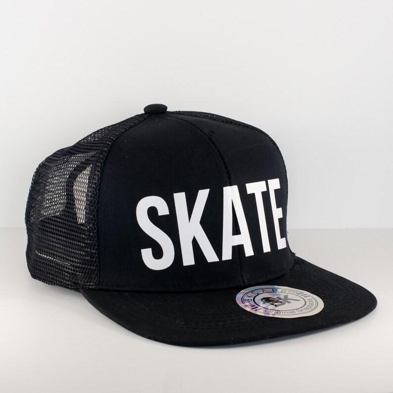 408e8caff9c Black Roller Derby SKATE Hat Snapback Cap Flat Bill Hat