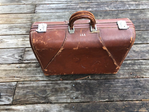 leather 1940s Wheary suitcase, weekend bag