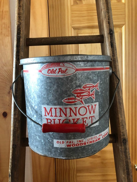 vintage 1960s Old Pal minnow bucket, awesome fishing graphics