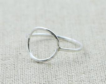 Karma cerchio anello in argento